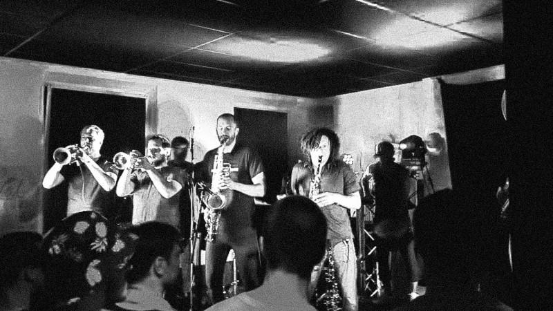 Youngblood Brass Band Konzert